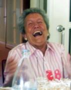Mi abuela rie